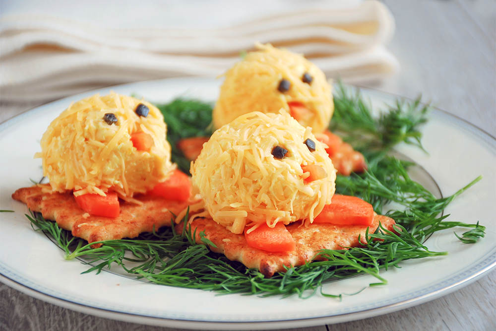 Small,Cheese,Balls,Shaped,As,Little,Chickens,,Fun,Party,Food